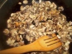Украшение любого застолья - салат зодиак с курицей и грибами