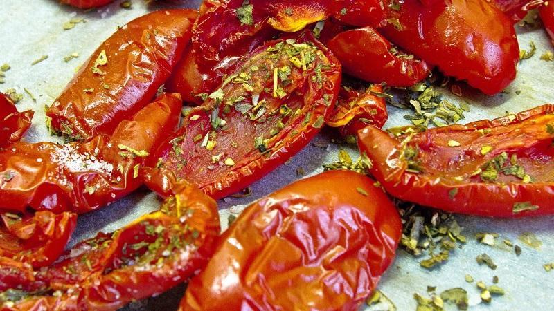 Как приготовить вяленые перцы на зиму: рецепт приготовления в духовке и другими способами