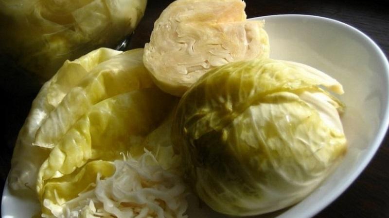 Как заквасить капусту кочанами и приготовить вкусную и полезную закуску на зиму