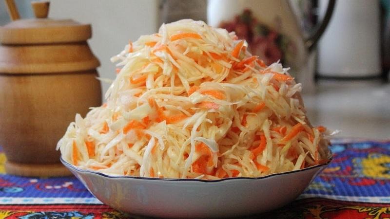 Лучшие рецепты, как заквасить капусту на зиму в ведре и особенности такого способа заготовки