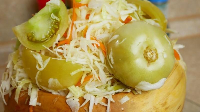 Все секреты вкусных заготовок: капуста квашеная с сахаром и солью