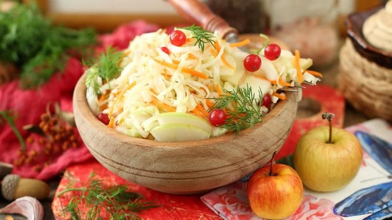 Делаем заготовки по лучшим рецептам: квашеная капуста с водкой на зиму