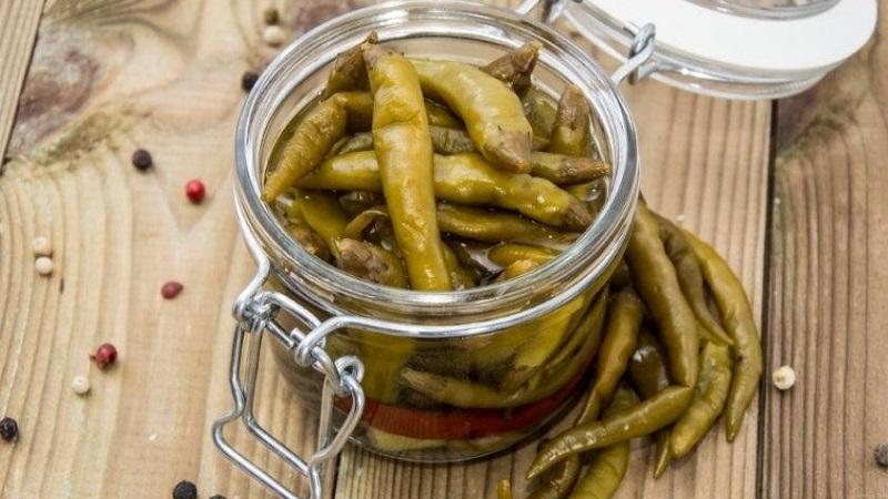 Любимая закуска с Кавказа - перец цицак маринованный на зиму: простой рецепт