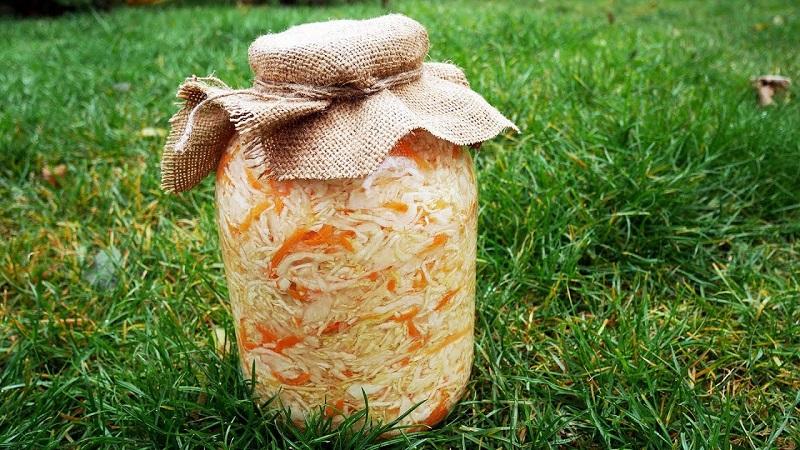 Главные секреты летних заготовок: сколько хранится квашеная капуста в холодильнике