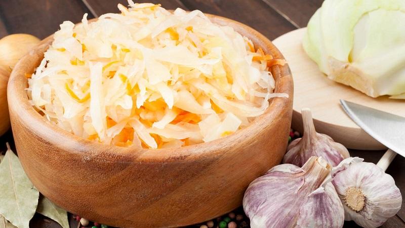 Классическая соленая капуста с хреном - рецепт, проверенный временем и другие вариации