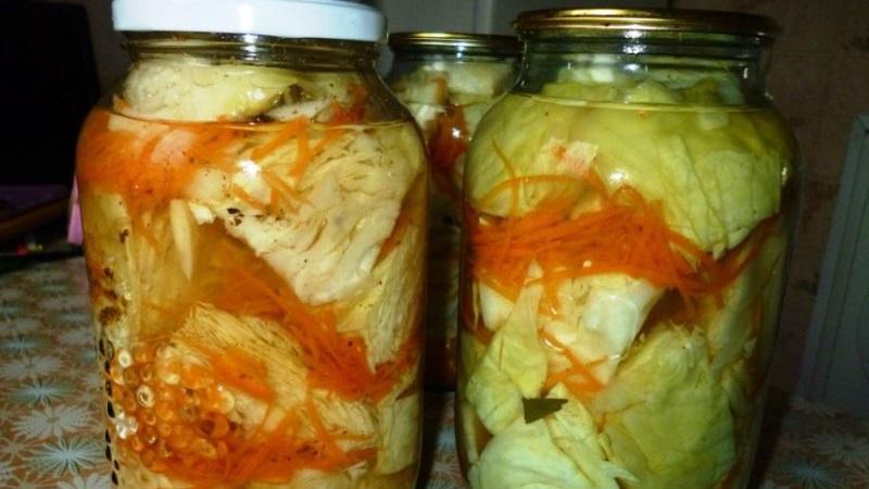 Рецепты вкусных заготовок: квашеная капуста под железную крышку