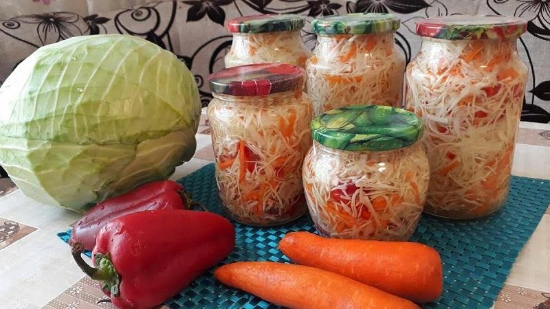 В помощь хозяйкам: рецепт маринованной капусты домашней очень вкусной