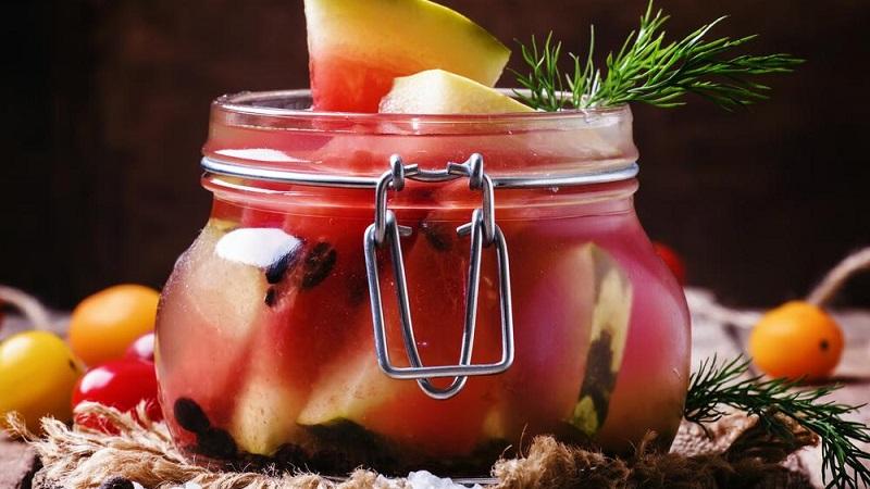 Как приготовить маринованные арбузы на зиму в банках без стерилизации
