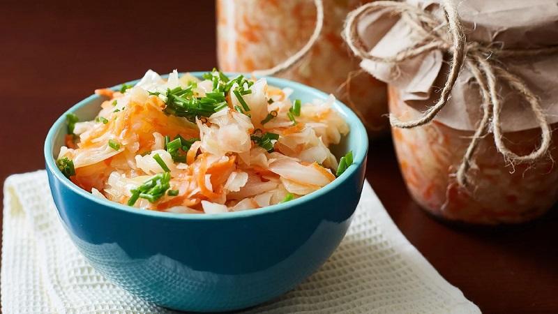 Лучшие рецепты для ваших заготовок: засолка капусты в банках холодным способом