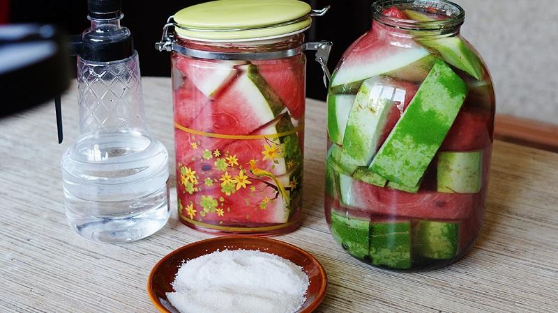 Соленые арбузы с горчицей на зиму в банках (рецепты)