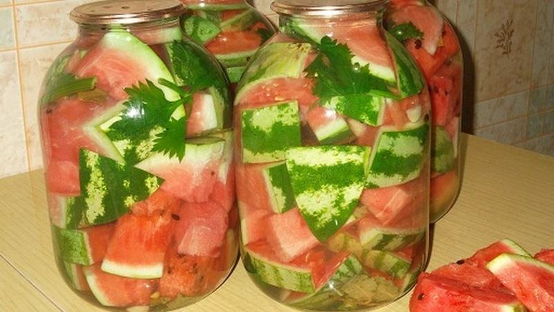Лучшие рецепты для ваших заготовок: консервация арбузов на зиму в банках