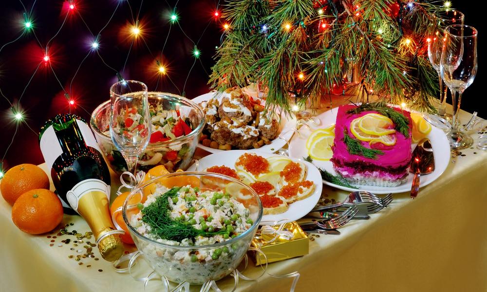 Составляем потрясающее меню на Новый год 2021: вкусные рецепты для любимых гостей