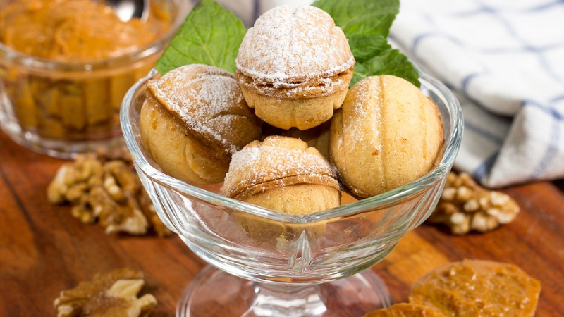 Орешки со сгущенкой - рецепт, знакомый с детства