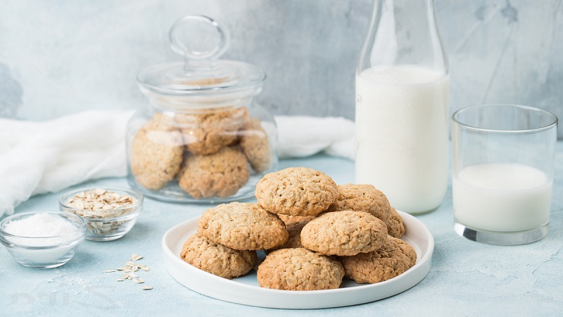 Как быстро и вкусно приготовить овсяное печенье - рецепт в различных вариациях