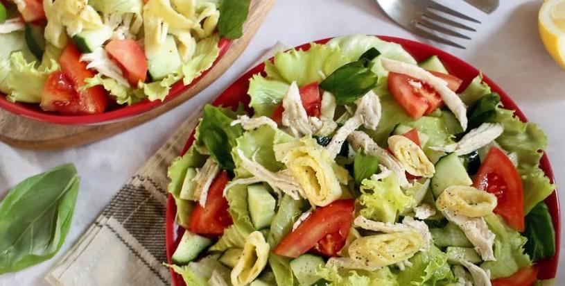 Самые вкусные, но простые рецепты салатов без майонеза на новый год 2021