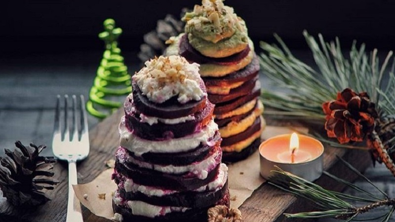 Простая и вкусная закуска из свеклы, которая отлично подойдет для праздничного стола