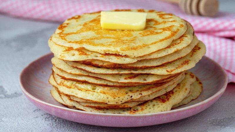 Аппетитные, пышные и вкусные блины из манки: подборка лучших рецептов