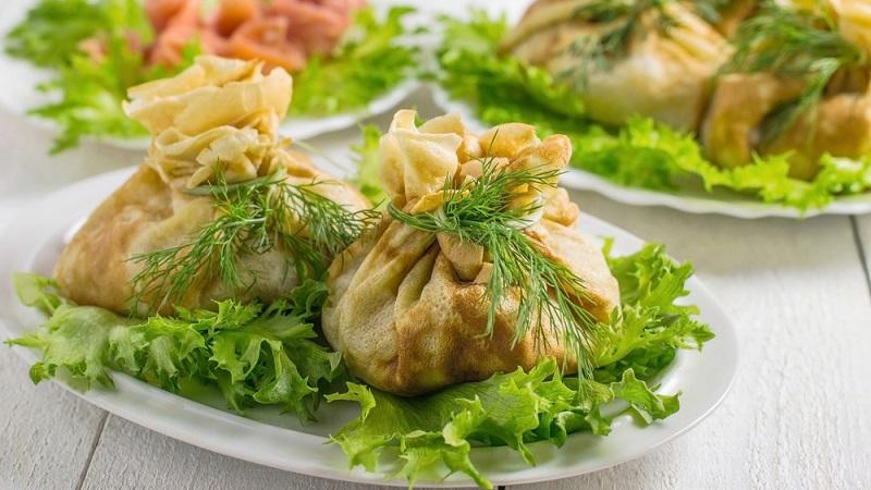 Готовим блины с курицей: рецепт самых вкусных начинок