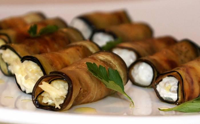 Рецепт рулетиков из баклажанов с грецкими орехами